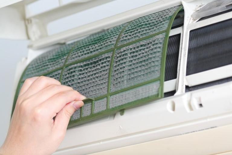 3 lý do cần bảo trì và vệ sinh máy điều hòa