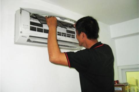 Đừng để bị móc túi khi bảo trì máy lạnh