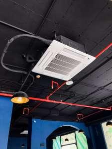 máy lạnh âm trần 4 hướng gió